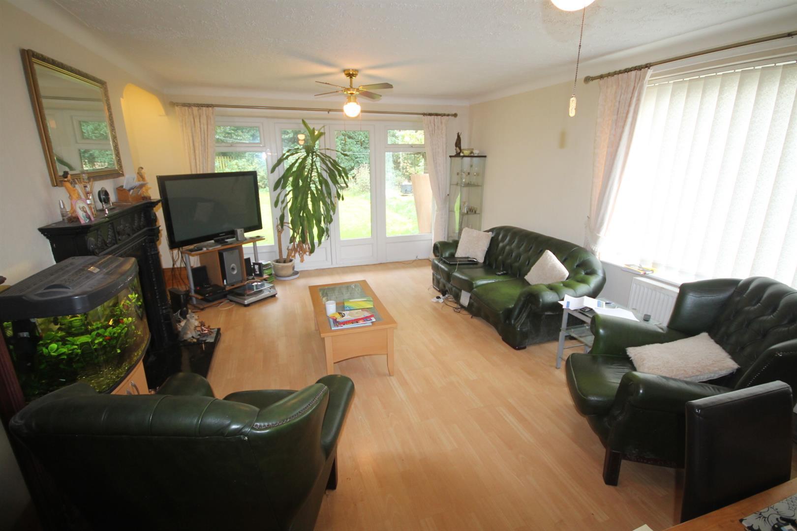 3 Bedrooms Detached Bungalow for sale in Manor Road, St. Helen Auckland, Bishop Auckland